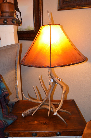 Log Beds Genuine Antler Lamp