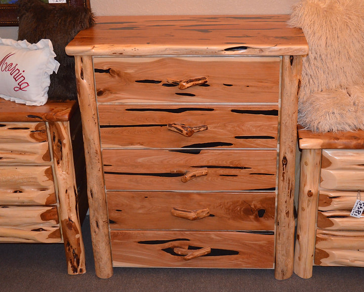 Cedar Wide 5 Drawer Dresser
