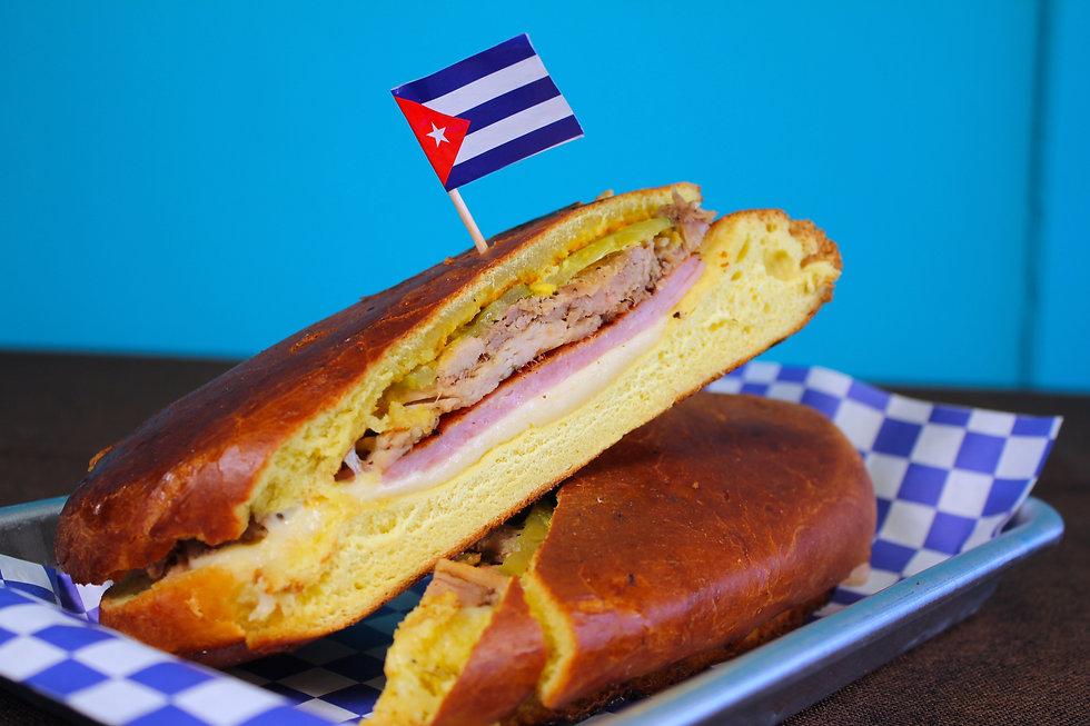 Medianoche Sandwich at Medianoche Cafe, Berwyn
