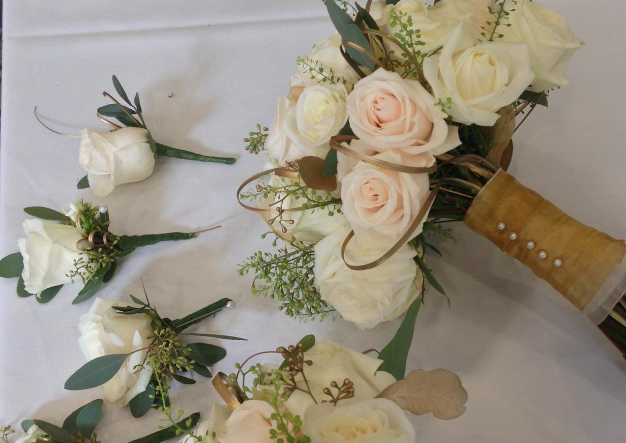 Champange gold bouquet