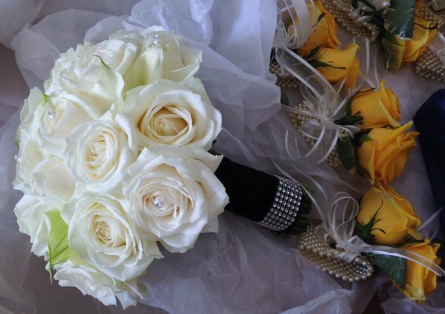 Ivory rose diamontie bouquet