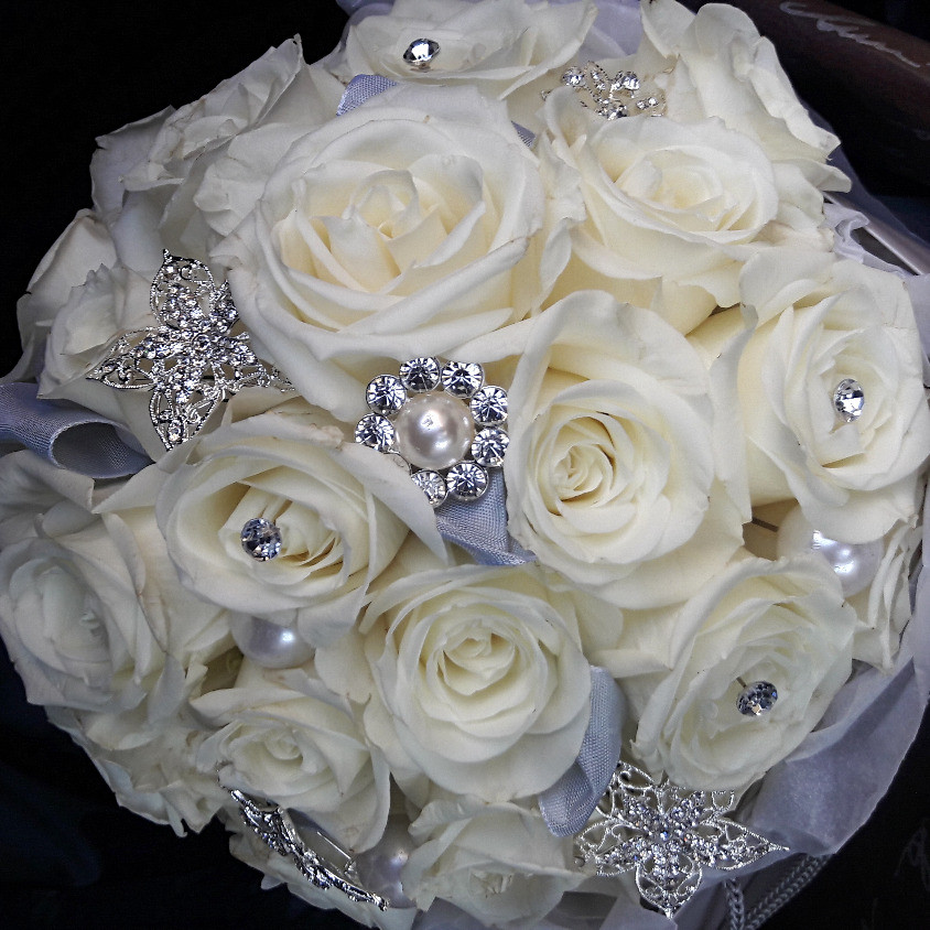 Crystal ivory Rose bouquet