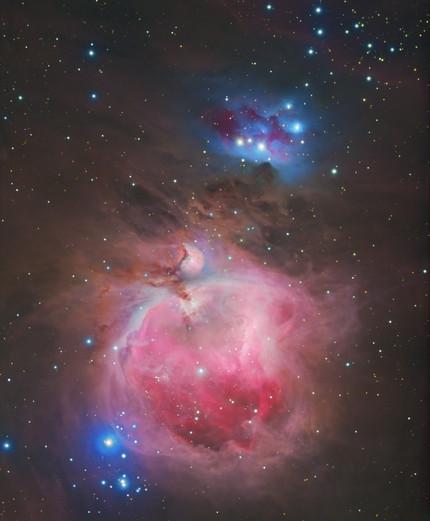 Les nébuleuses d'Orion et de l'Homme qui court (M42 et NGC 1977)