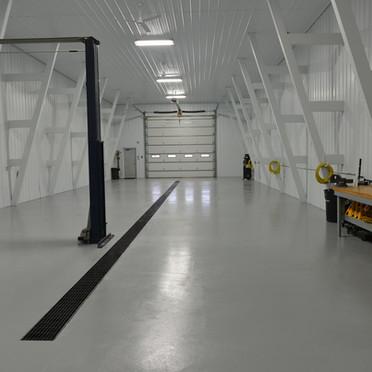 Garage 204