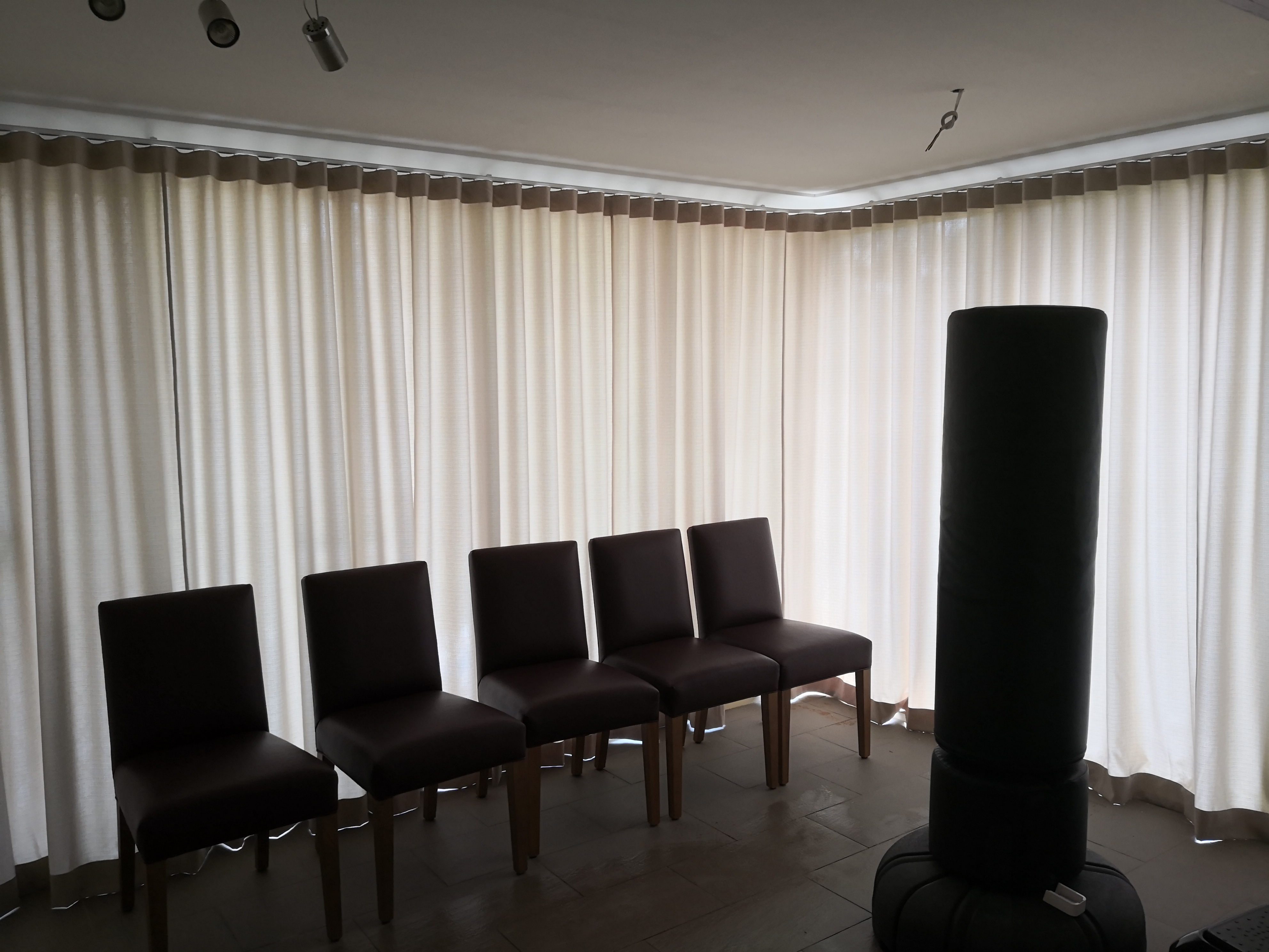 S fold light filtering curtain