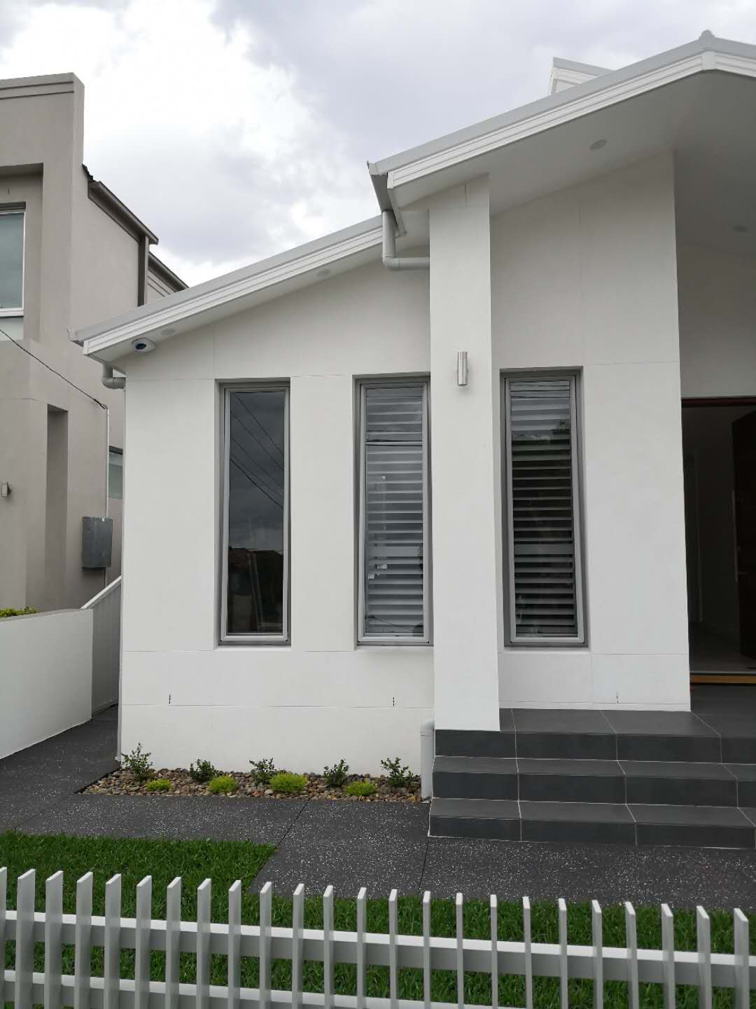 Plantation shutter for tall window outsi