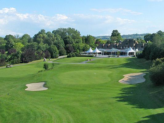 golf-clubhouse9.jpg