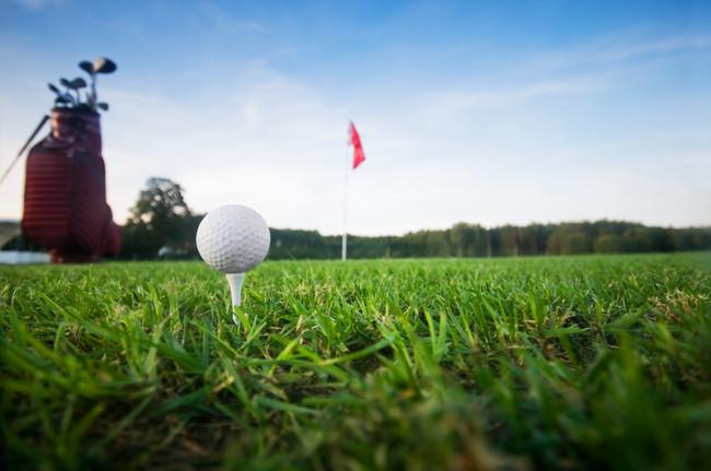 golf-ball-and-flag.jpg