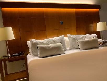 Confira o luxo do quarto do Hotel Urbanica em Buenos Aires
