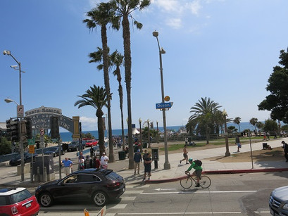 Na praia de Santa Mônica, em LA