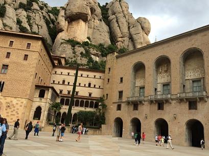 Em Montserrat