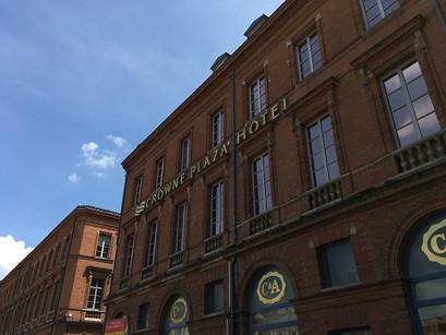 No Crowne Plaza Hotel, no coração de Toulouse