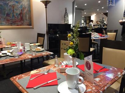 O café da manhã no  Crowne Plaza Hotel, em Toulouse