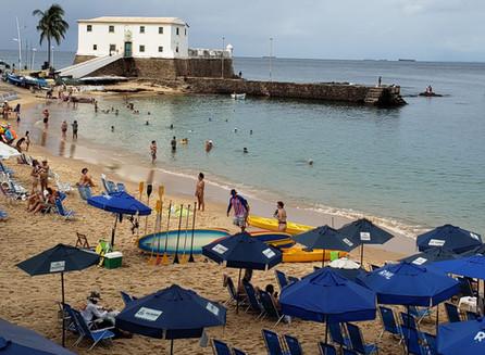 No agito da Barra em Salvador na Bahia