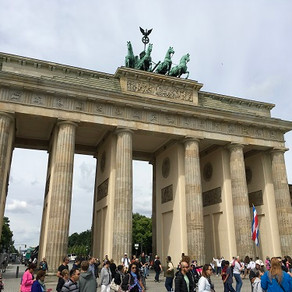 Roteiro ao redor do Portão de Brandemburgo, em Berlim