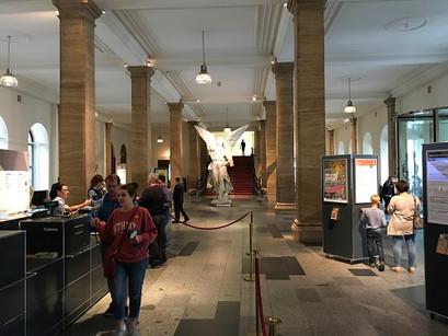No Museu Histórico Alemão, em Berlim