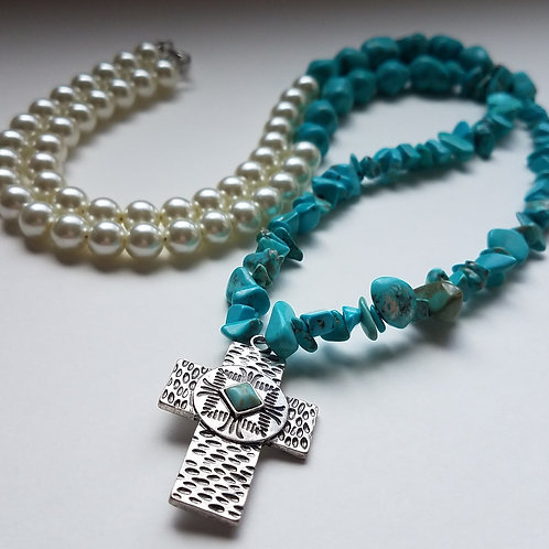 """""""Jessi"""" Turquoise Pearl Cross Necklace"""