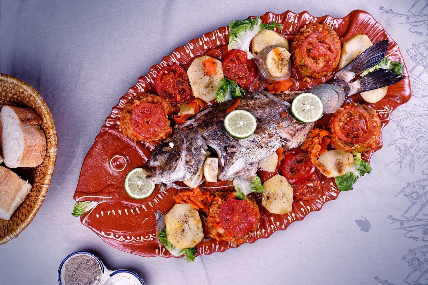poisson au four avec riz aux légumes
