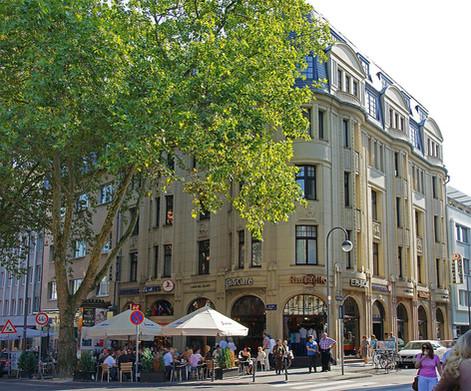 Moving Media Büro: Am Hof 28, 50667 Köln