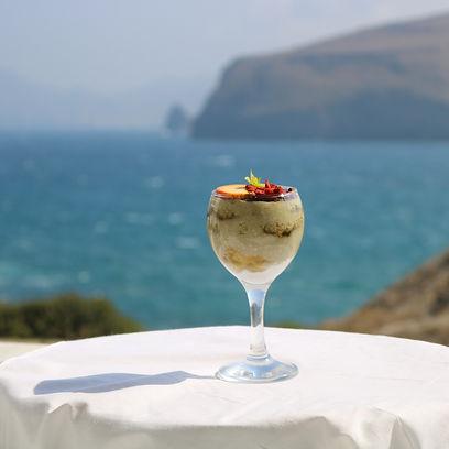 milos hotels, milos sea view hotels, avra pahainas hotel, avra milos, milos accommodation, milos rooms, milos best hotels, milos island, milos gastronomy travel