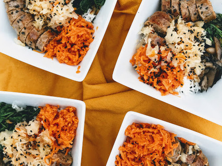 THE EASIEST ASIAN INSPIRED RICE BOWLS.