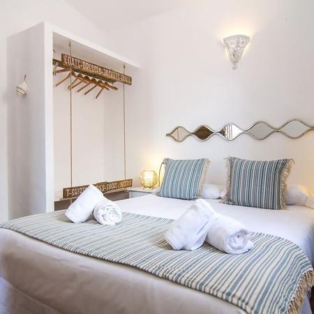 ocean-lodge-watcher-bedroom.jpg