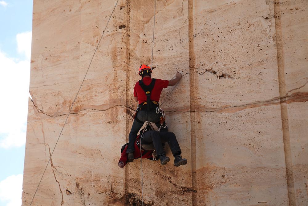 Formación en rescate  accidentado alta montaña
