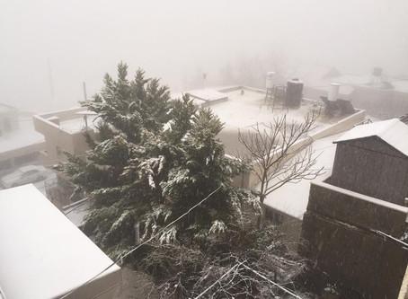 גל קור אביבי-  שלג ירד בפסגות ההרים
