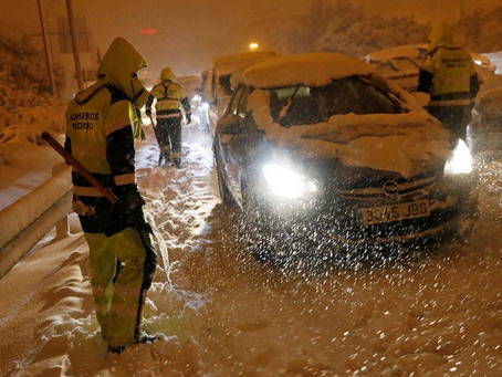 """שיאי שלג בספרד,   בישראל שרב """"חורפי"""""""