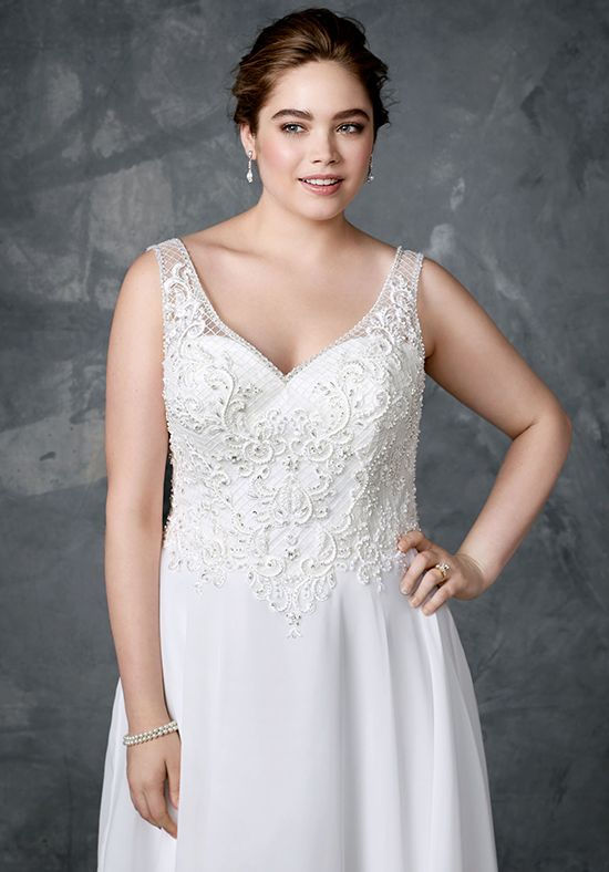 What Is The Best Wedding Dress Style For Plus Size Silhouette