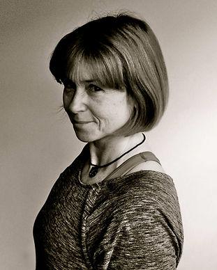 Charlotte van der Byl Yoga Leyton Waltha