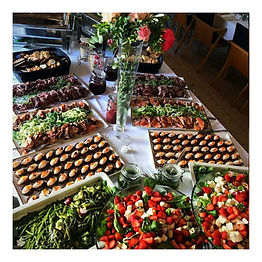 Tommi's Kitchen ja cateringin ruoat yritystapahtumassa Helsingissä.