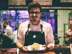 Doing F&B in Singapore? How to Make Your Customers Love You More Than Your Competition