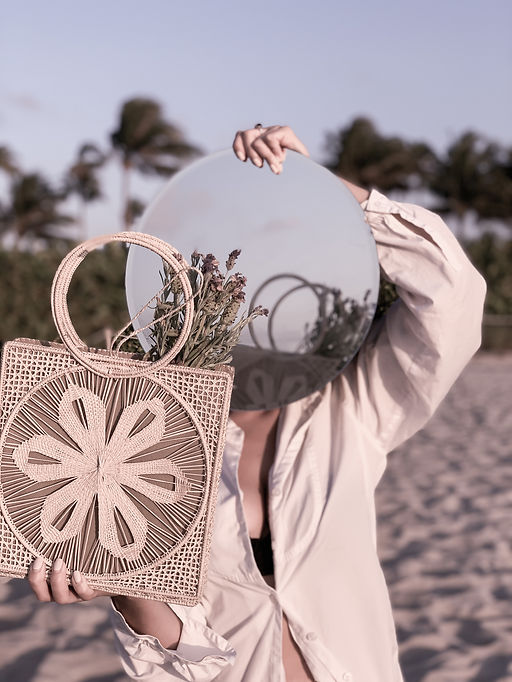 Colombia-resort-bag