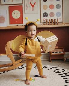 Hello little 🐝 ❤️ how cute is this litt