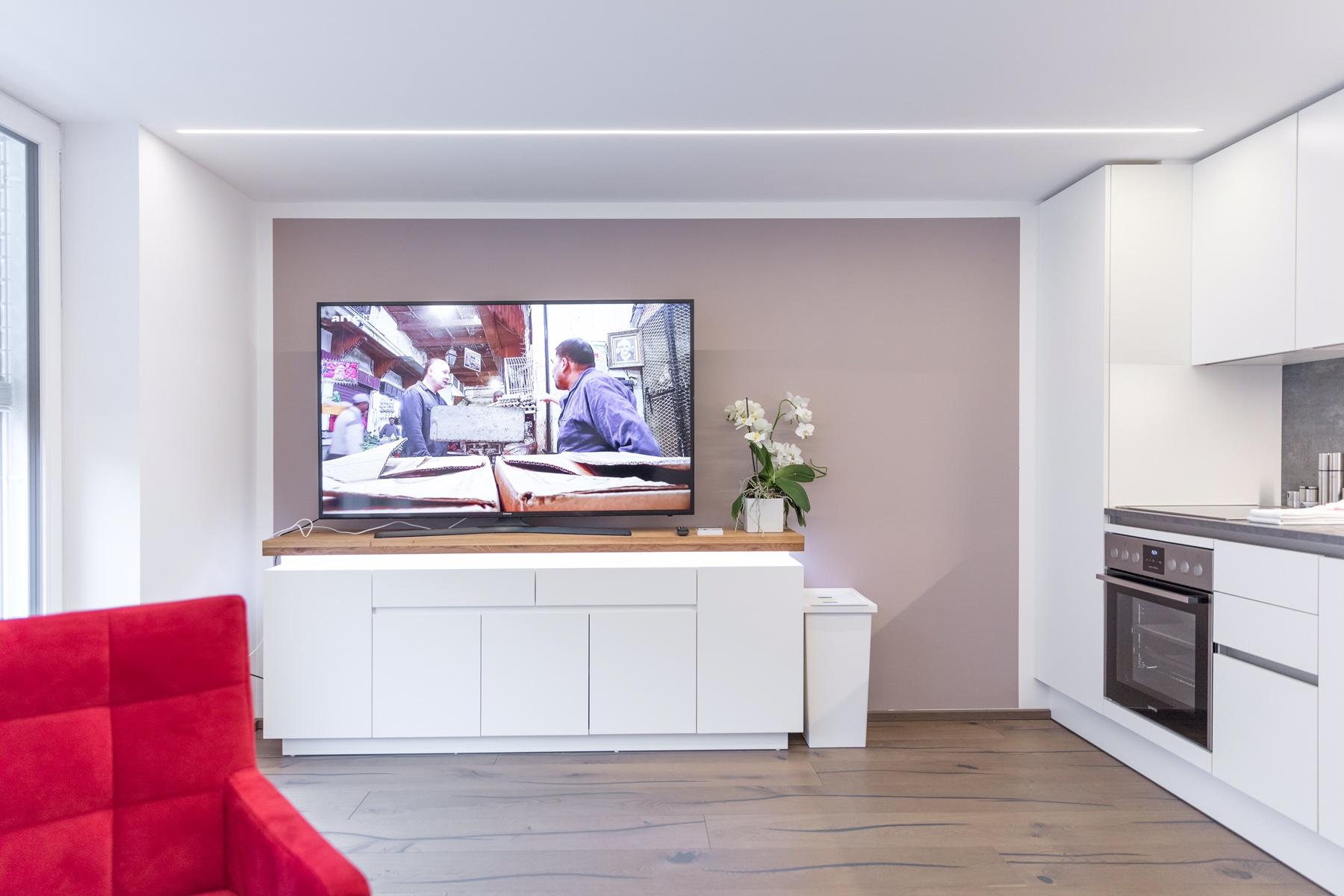 Riesiger TV