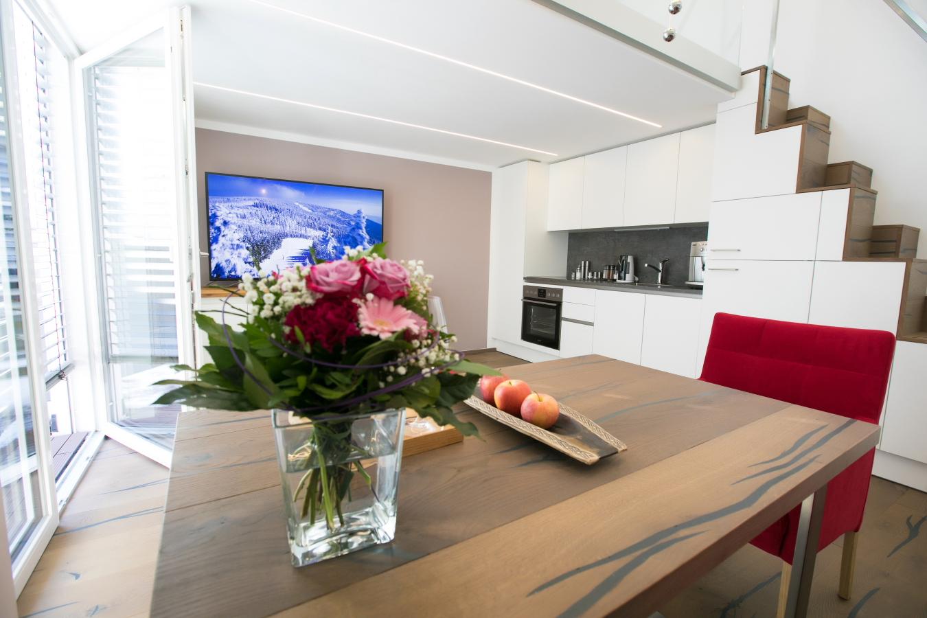Wohnzimmer Blick zu TV
