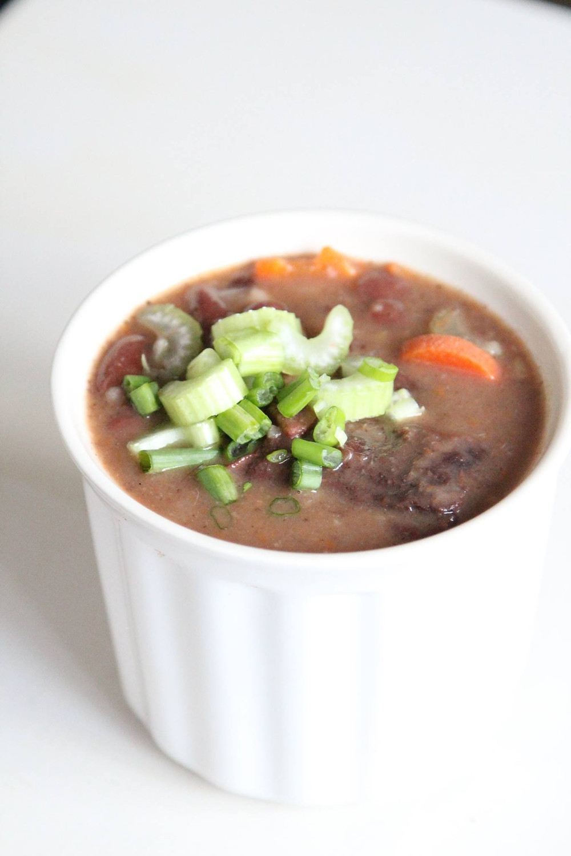 Manadonese Bruine Bonen Soup