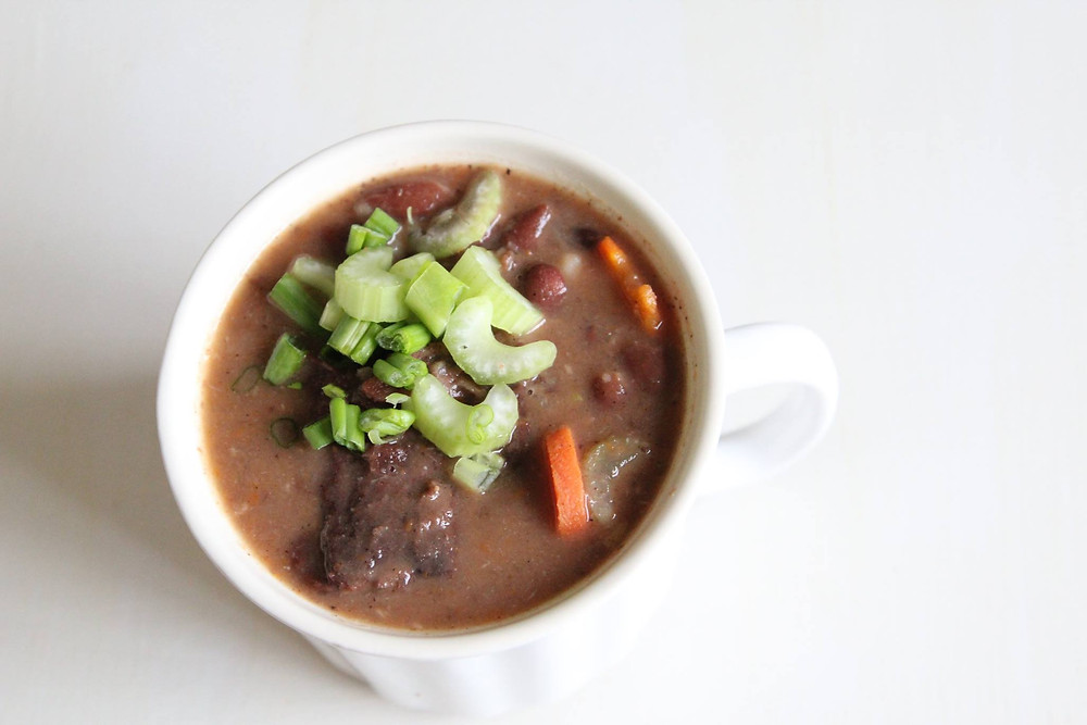 Manadonese Bruine Bronen Soup