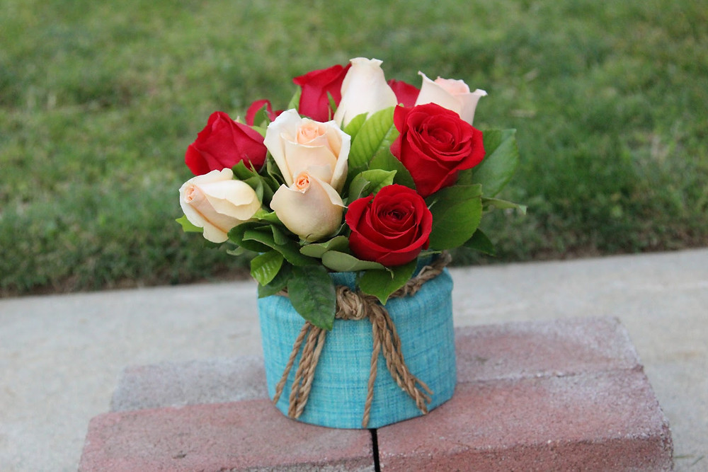 https://www.cantiquejoice.com/single-post/2018/05/07/DIY-Flower-Arrangement-For-Mothers-Day