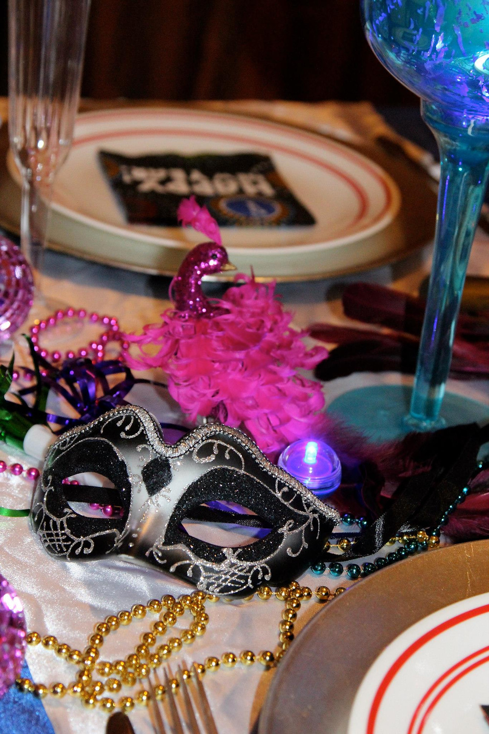 masquerade table decor