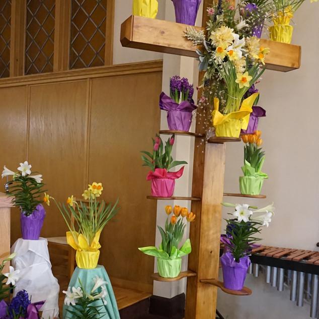 DSC07000 cross with flowers.jpg