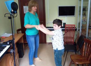 Музыкотерапия в структуре музыкально-ритмических занятий
