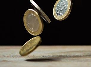 Plastic-money-falling coins-Pexels.jpg