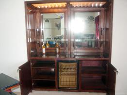 Cabinets_1b.jpg