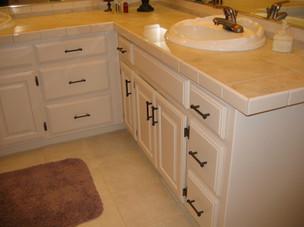 Bathrooms_2e.jpg