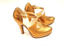 Туфли-делёнки женские