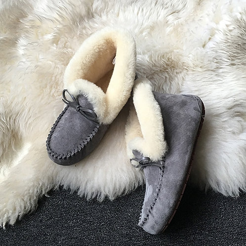 Leather Sheepskin Lined Round Toe Nordic Boots