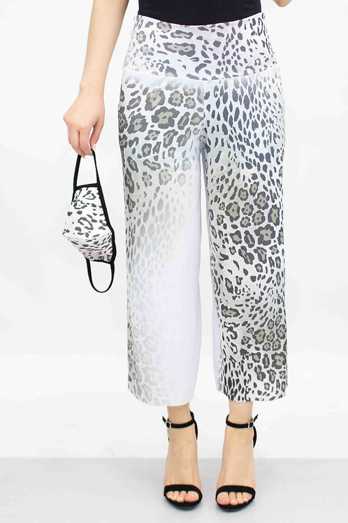 Animal Print Cropped Gaucho Pants and Mask - White