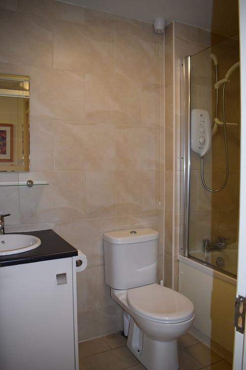 Holly Lodge Family Bathroom